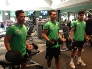Rubén, Lolo and Juanfran in the gym (from Beticismo.net)
